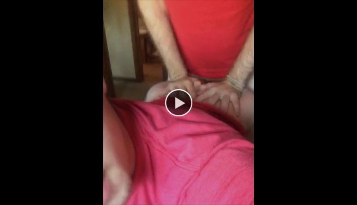 Watch this interracial gangster suck on cock